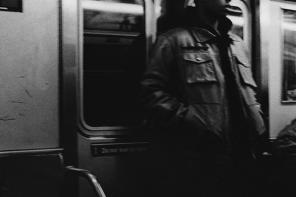 Métro, boulot, micro: les transports en commun dans le rap