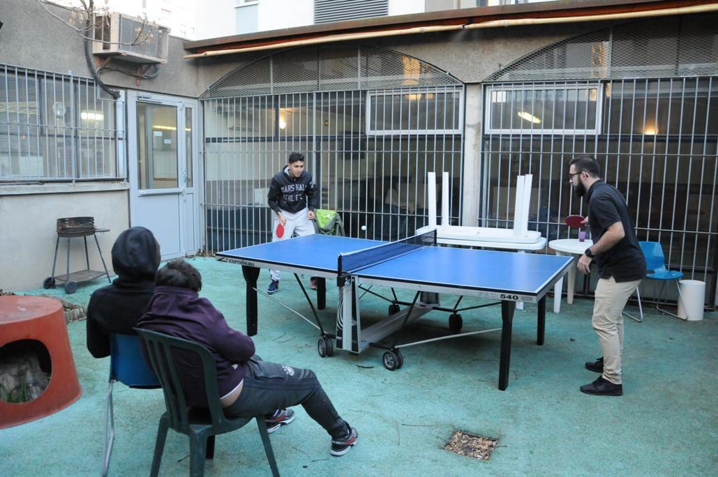 ping pong local Voir et Comprendre