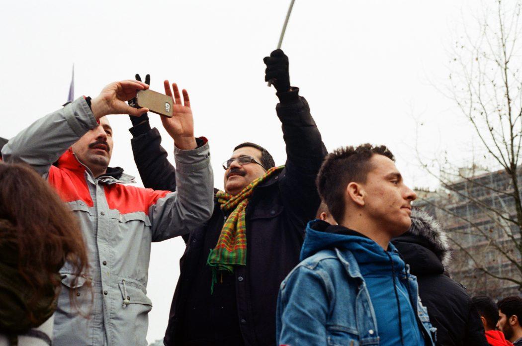 hommes kurdes
