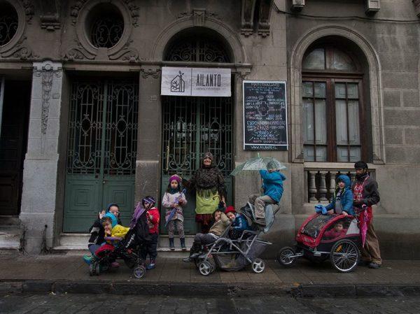 Ailanto Ecole Steiner Santiago du Chili squat maison d'artistes