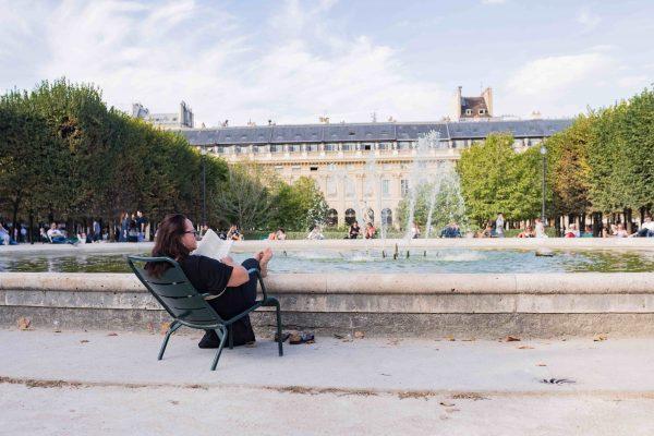 Spots de lecture Paris jardin du Palais Royal